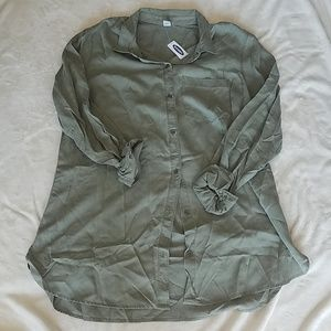 NWT.  Old Navy Button Down.